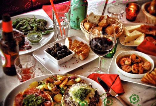 Galao Tisch